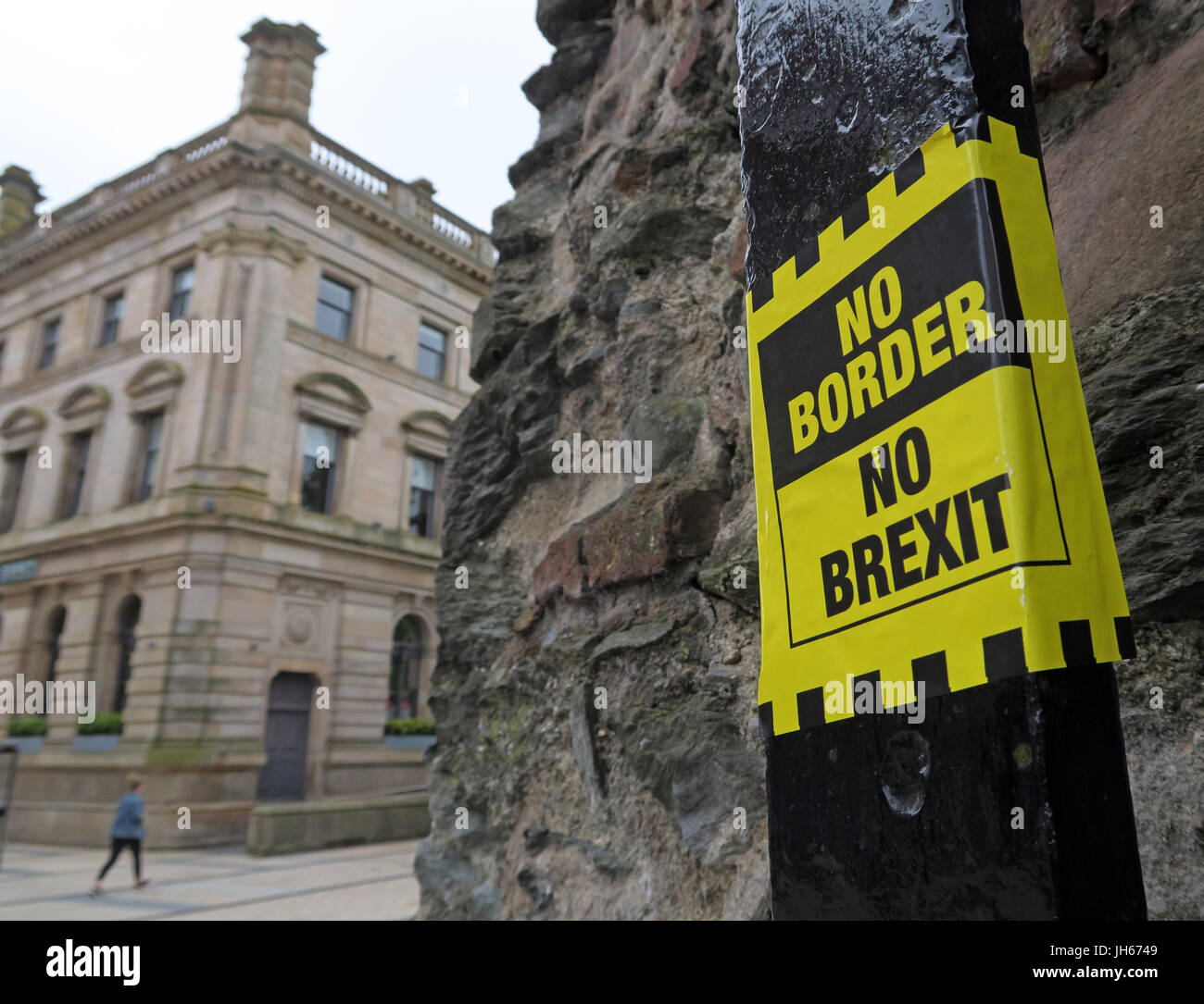 Irish,Bogside,Troubles,Political,NorthernIreland,tourist,Tourism,Struggle,DerryCity,Peace,Art,Culture,violence,fighter,painting,No,Border,Brexit,NoBorder,Nobrexit,remain,remainers,remoaners,sticker,poster,gotonysmith,city,no,hard,border,Tariff,Free,access,Tariff