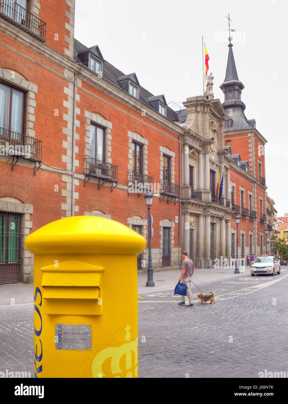 Ministerio De Asuntos Exteriores Madrid Espana Foto Imagen De