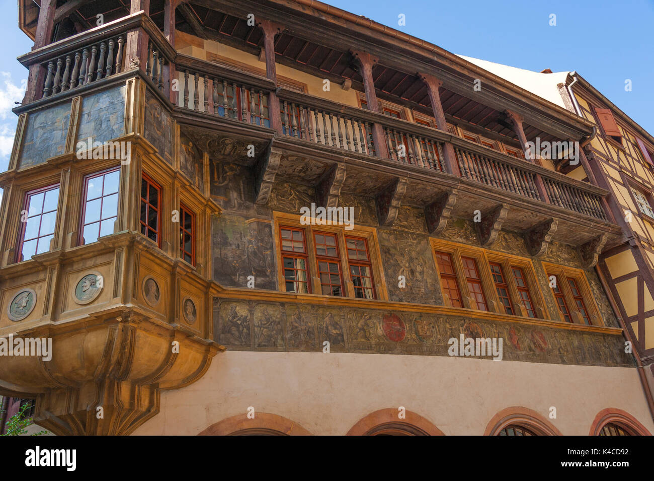 La casa pfister en colmar, arquitectura del renacimiento, pintoresca ...