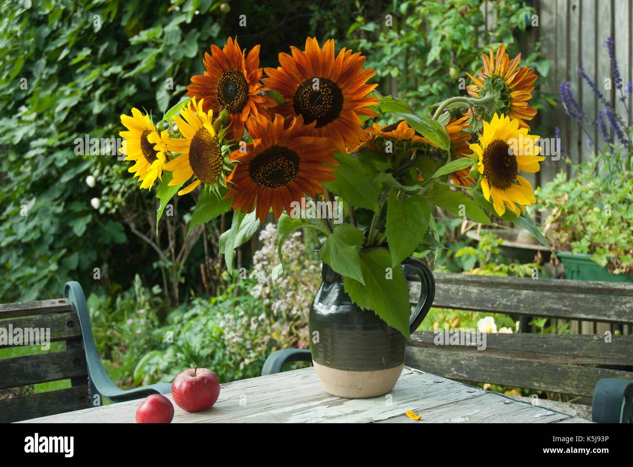 Excelente Amarillo Naranja Uñas Foto Bandera - Ideas de Pintar de ...