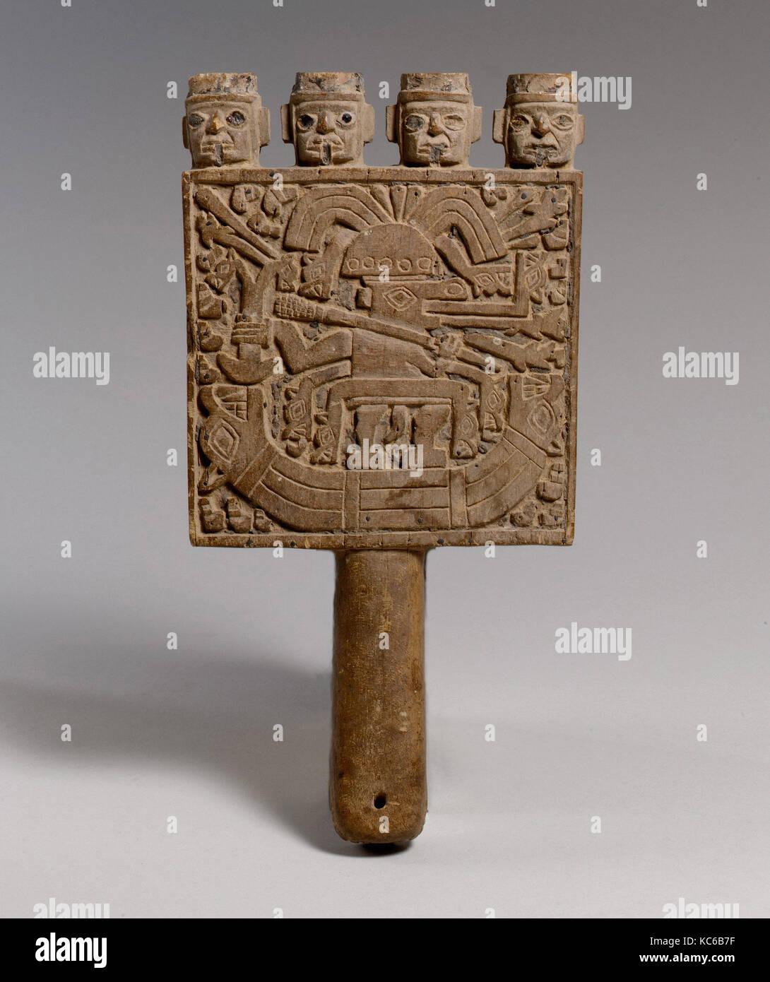 Marco espejo, 9ª siglo xii, Perú, Wari, Chimú, madera, h.10 1/4 x w ...