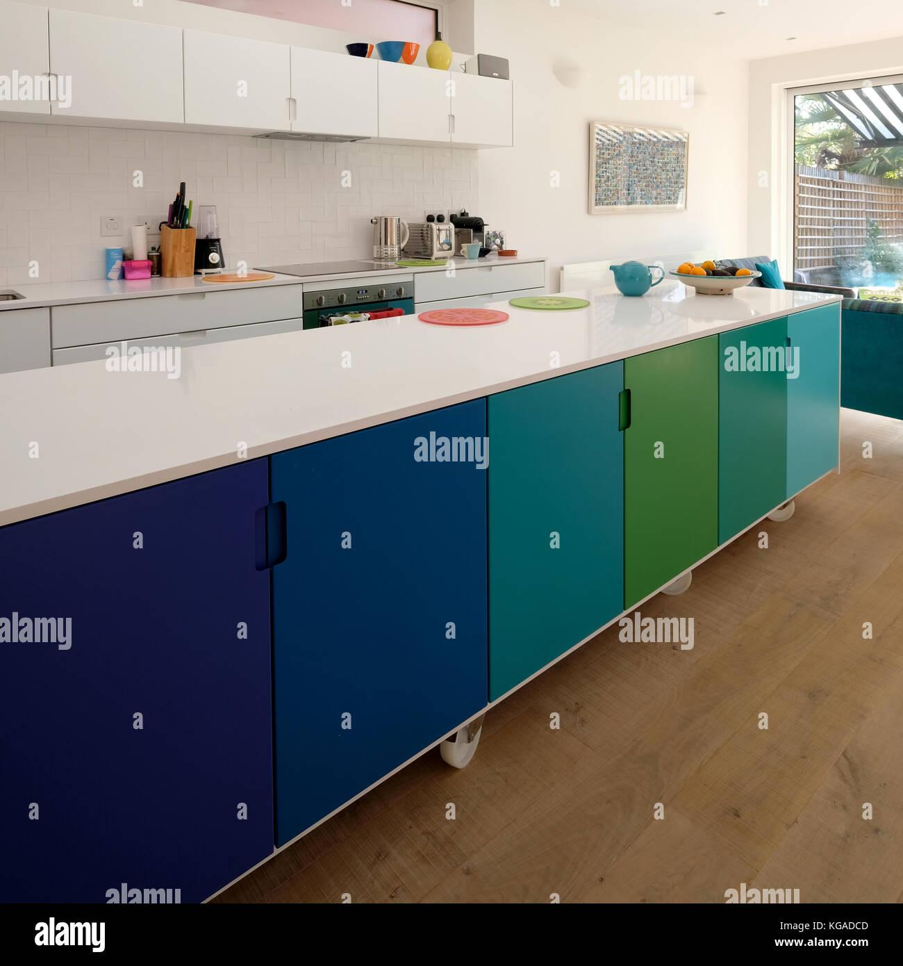 Pintar encimera de cocina great vidrio de color for Pintar encimera cocina