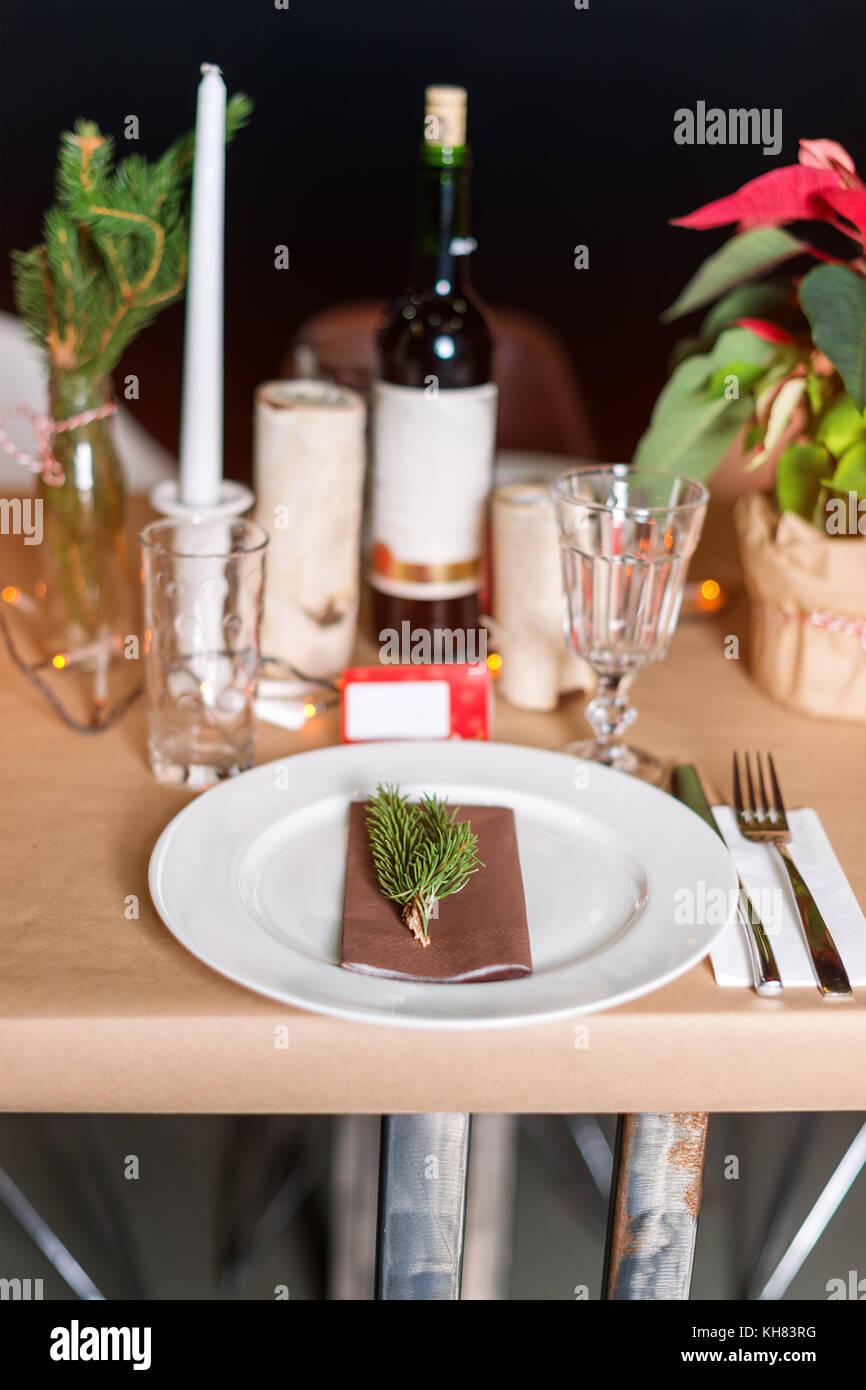 Tabla De Vacaciones De Navidad Decorado Preparado Para Cenar Mesa - Decorar-velas-con-servilletas