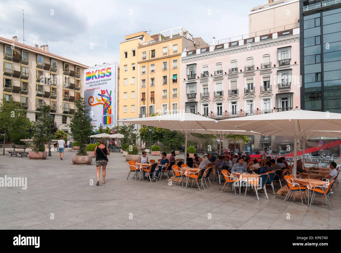 Plaza Chueca Madrid Imágenes De Stock & Plaza Chueca Madrid Fotos De ...