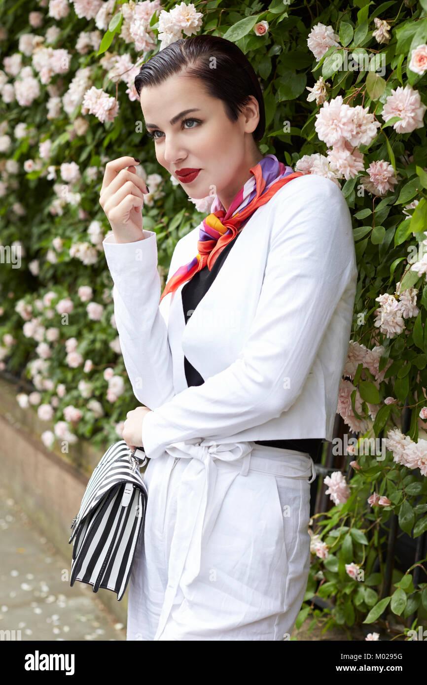 Traje de lino blanco mujer