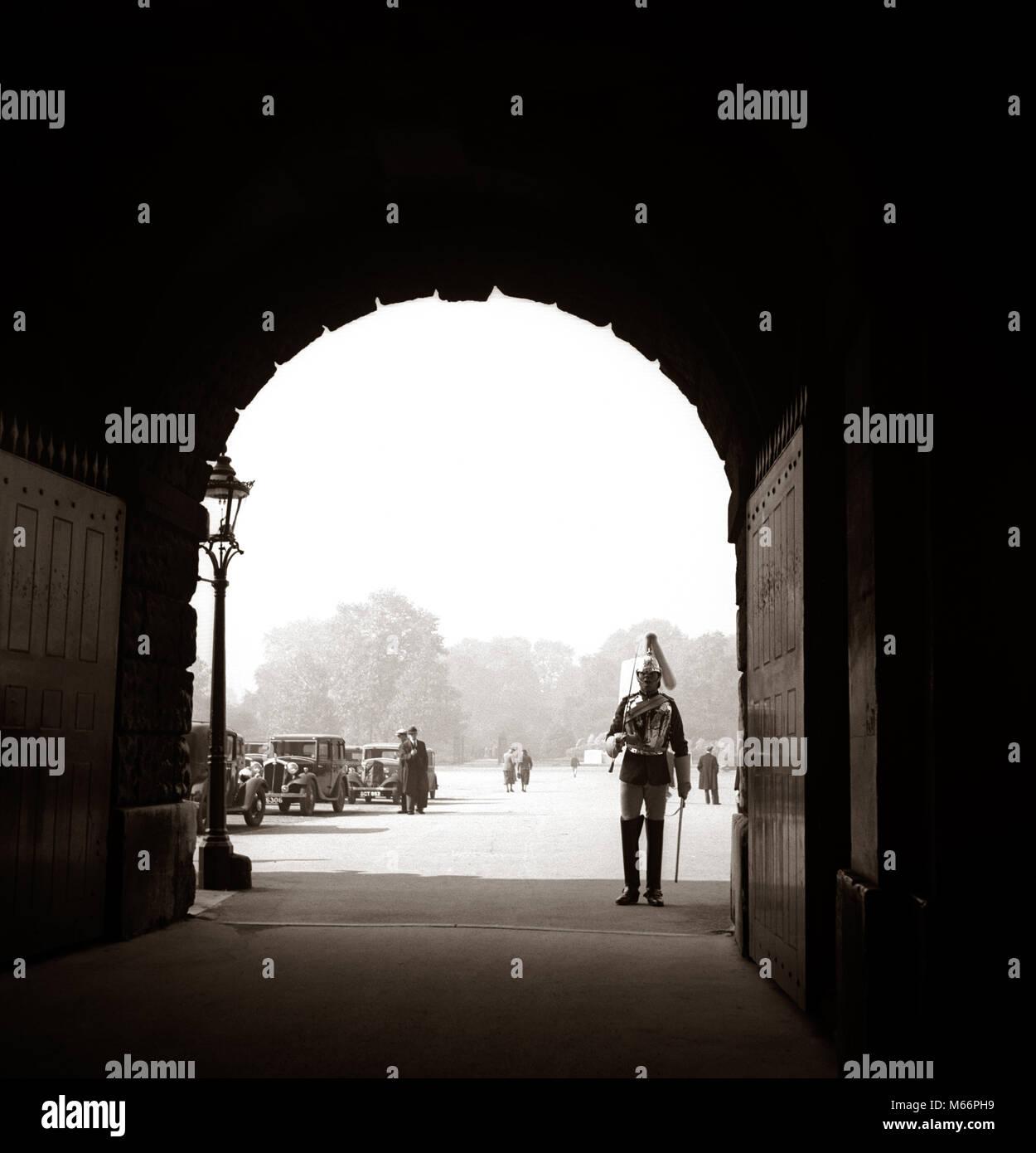 london man 1930s Stock Photos & london man 1930s Stock Images - Alamy