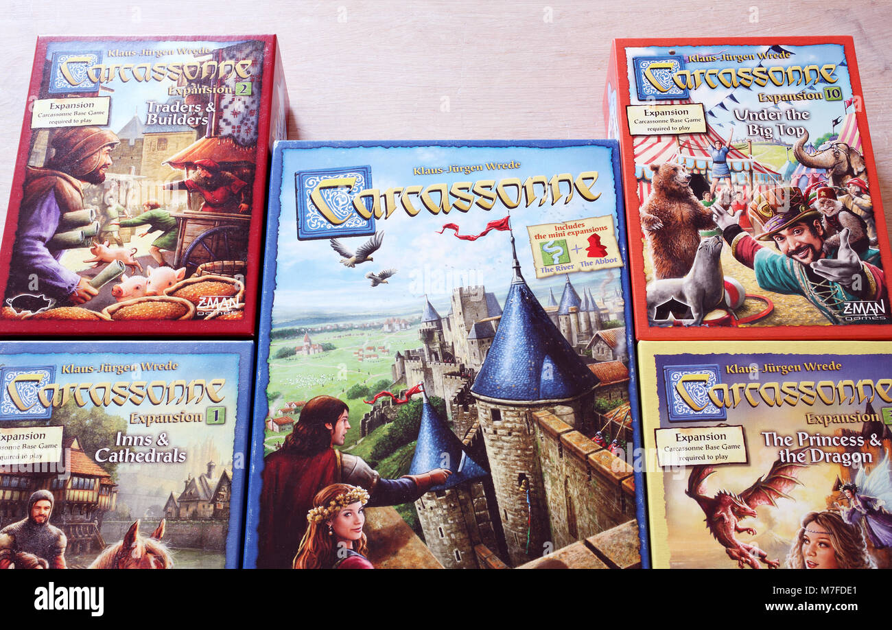El Popular Juego De Mesa Moderno Carcassonne Foto Imagen De Stock