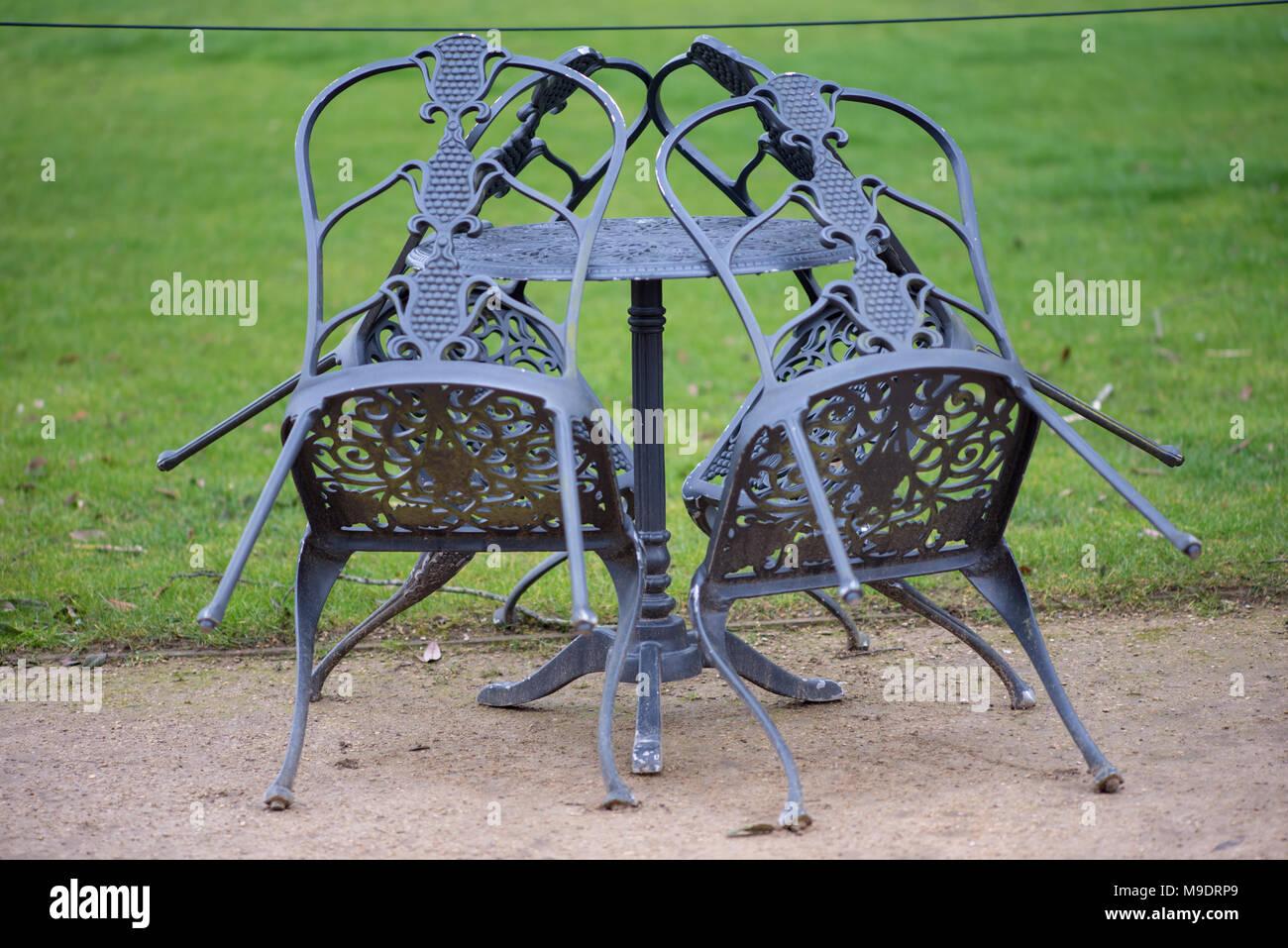 Único Forjado Muebles De Jardín De Hierro Reino Unido Inspiración ...