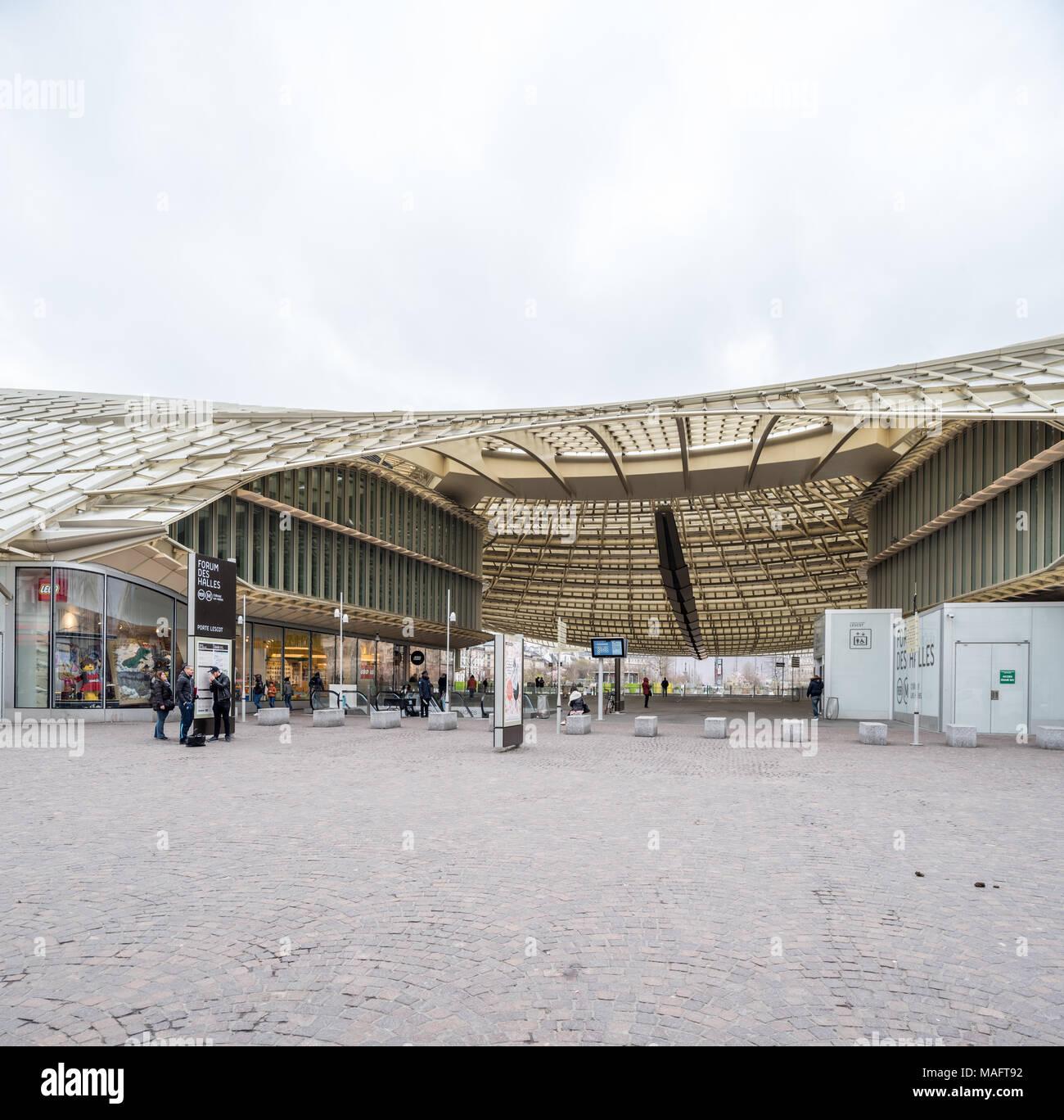 Francia Paris 1 De Abril De 2018 Forum Des Halles Foto Imagen