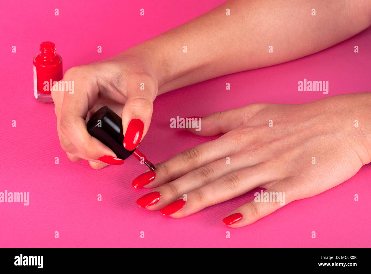 Bonito Esmalte De Uñas Chica Ornamento - Ideas de Diseño de Arte de ...