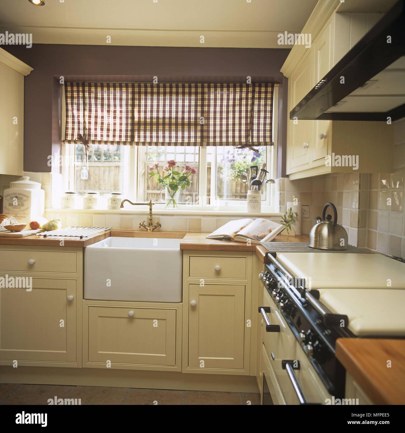 Hermosa Mueble De Cocina Pintura Belfast Patrón - Ideas de ...
