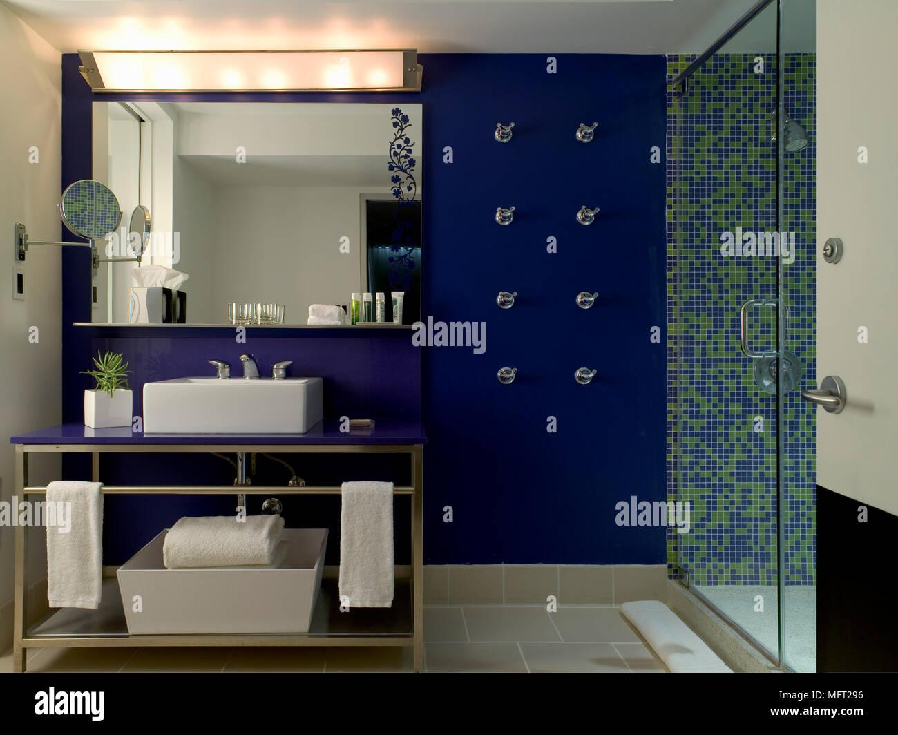 Espejo Encastrado Bao Latest Mueble De Bao O Aseo Con Espejo Y - Cuartos-de-bao-con-mampara