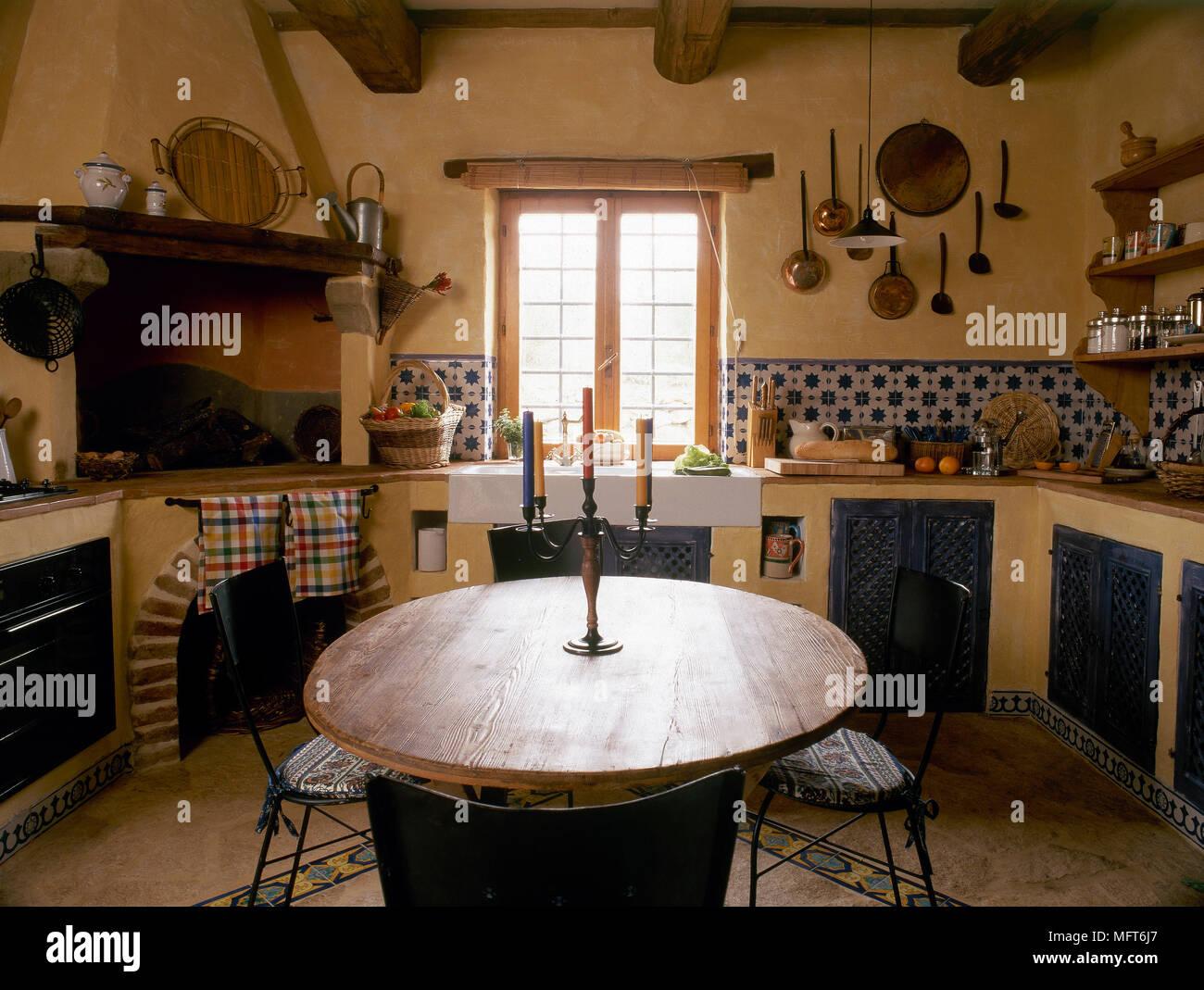 Gemütlich Küchenbeleuchtung Auf Gewölbten Decken Fotos - Ideen Für ...