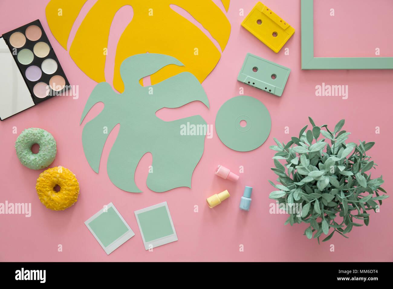Perfecto Uñas De Color Rosa Con La Imagen Arcos Festooning - Ideas ...