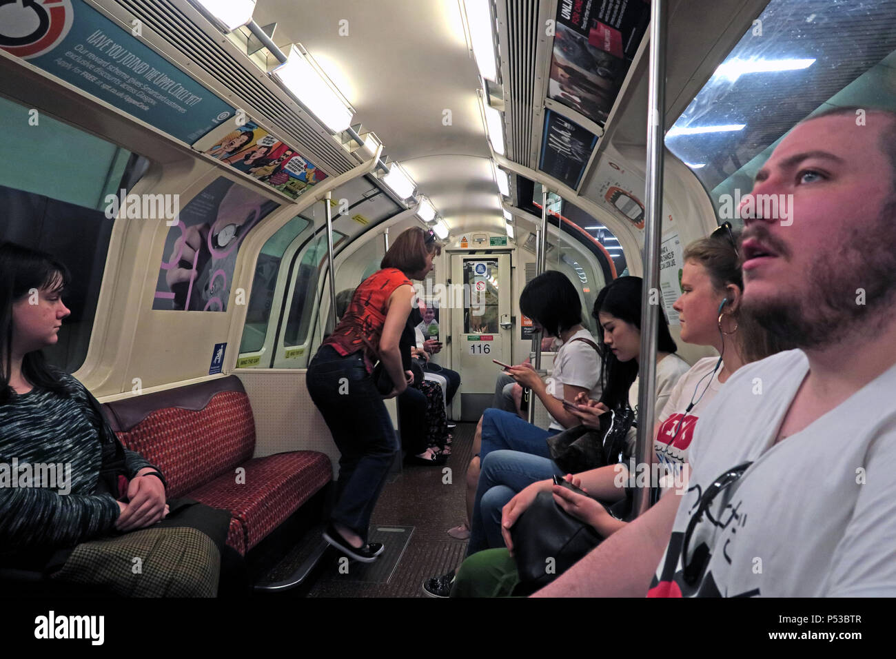 GoTonySmith,@HotpixUK,subway,railway,city