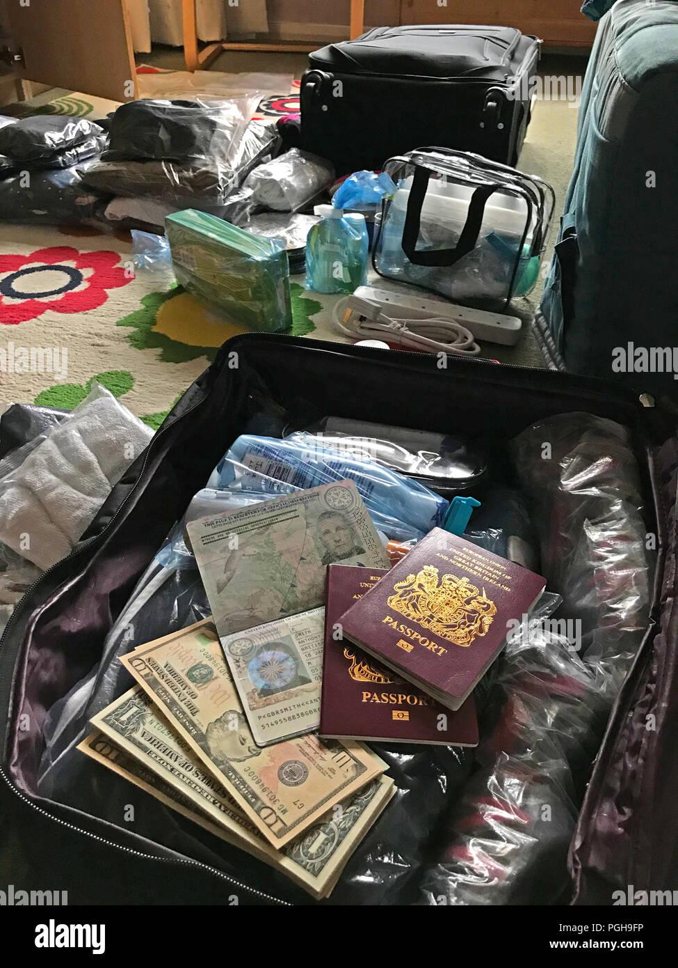 GoTonySmith,@HotpixUK,Packing,packed