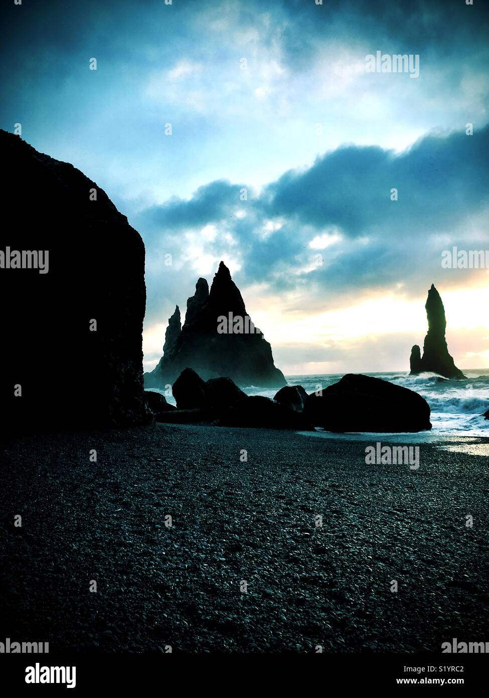 Reynisfjara playa de arena negra, Islandia Imagen De Stock