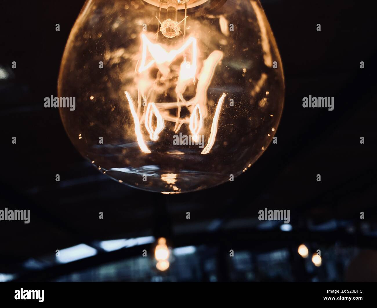 Primer plano de luz colgantes Imagen De Stock