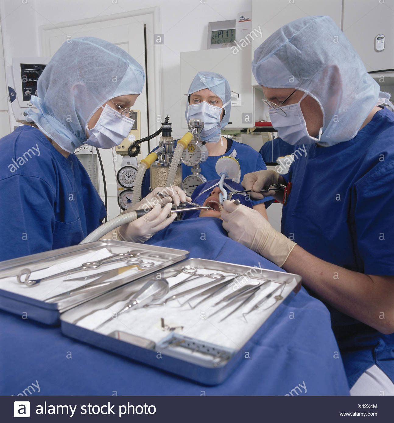 Dorable Asistente Del Anestesista Fotos - Anatomía de Las ...