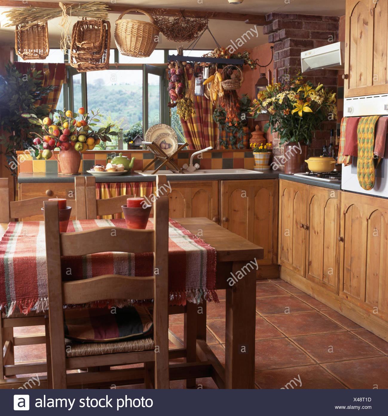 Lujo Puertas De La Cocina De Madera Maciza Uk Embellecimiento ...