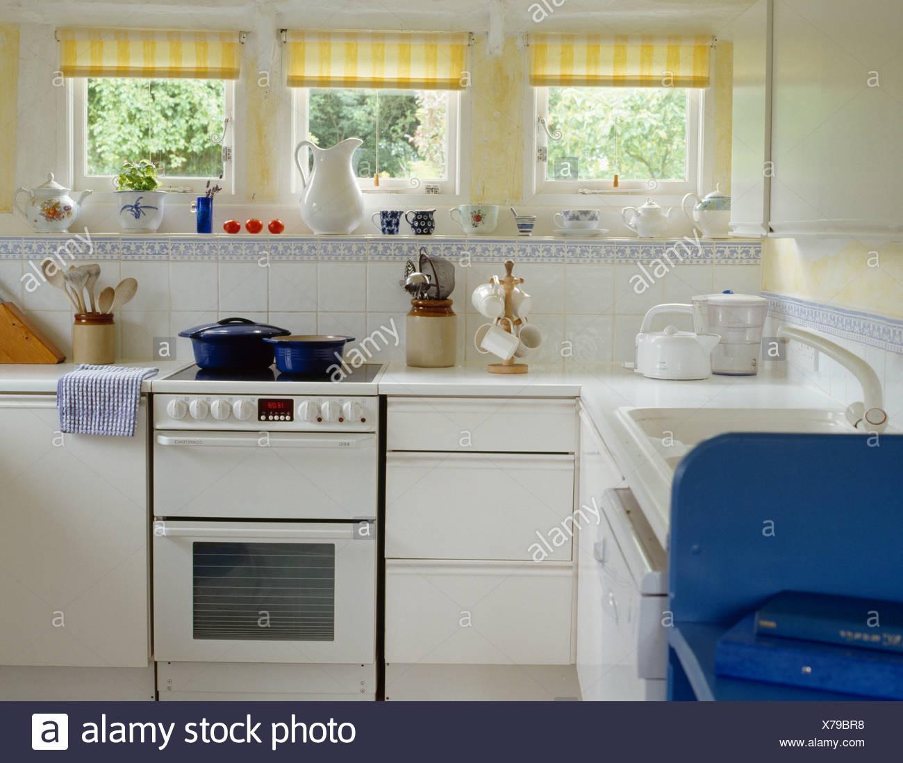 Encantador Mesa De Cocina Del País Composición - Ideas de Decoración ...