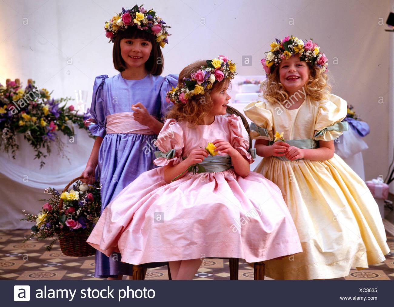 Magnífico Vestidos De Novia Sydney Embellecimiento - Colección del ...