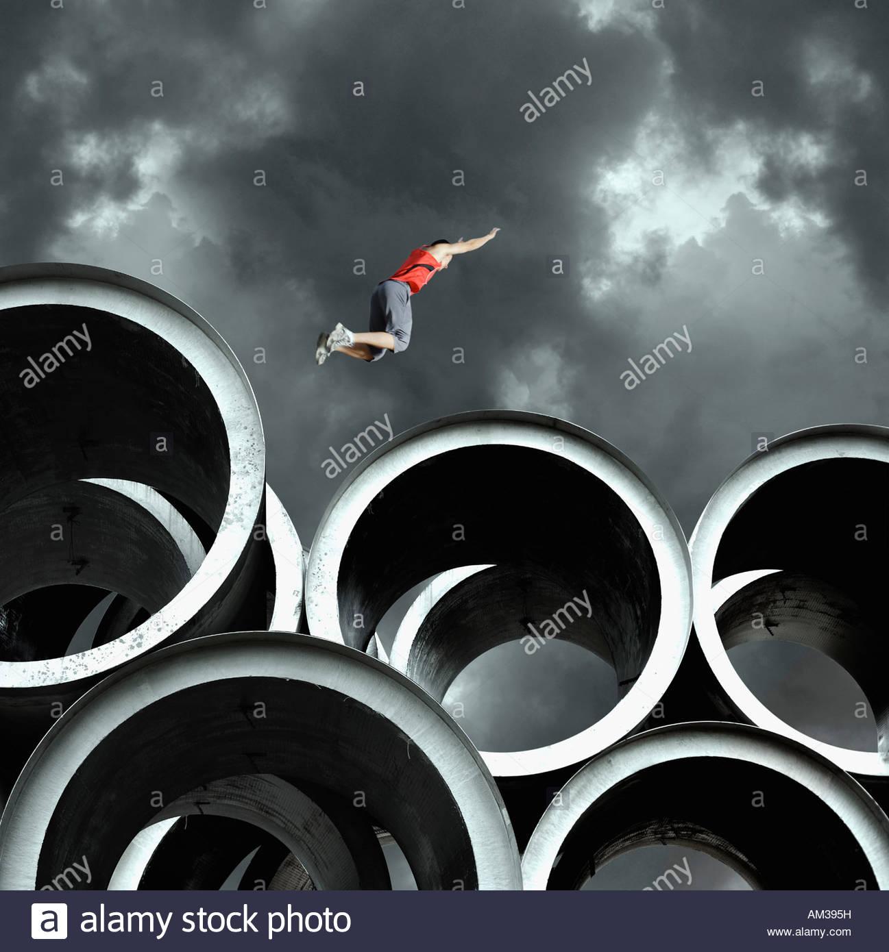 Longtemps cavalier sur de grands cylindres Photo Stock