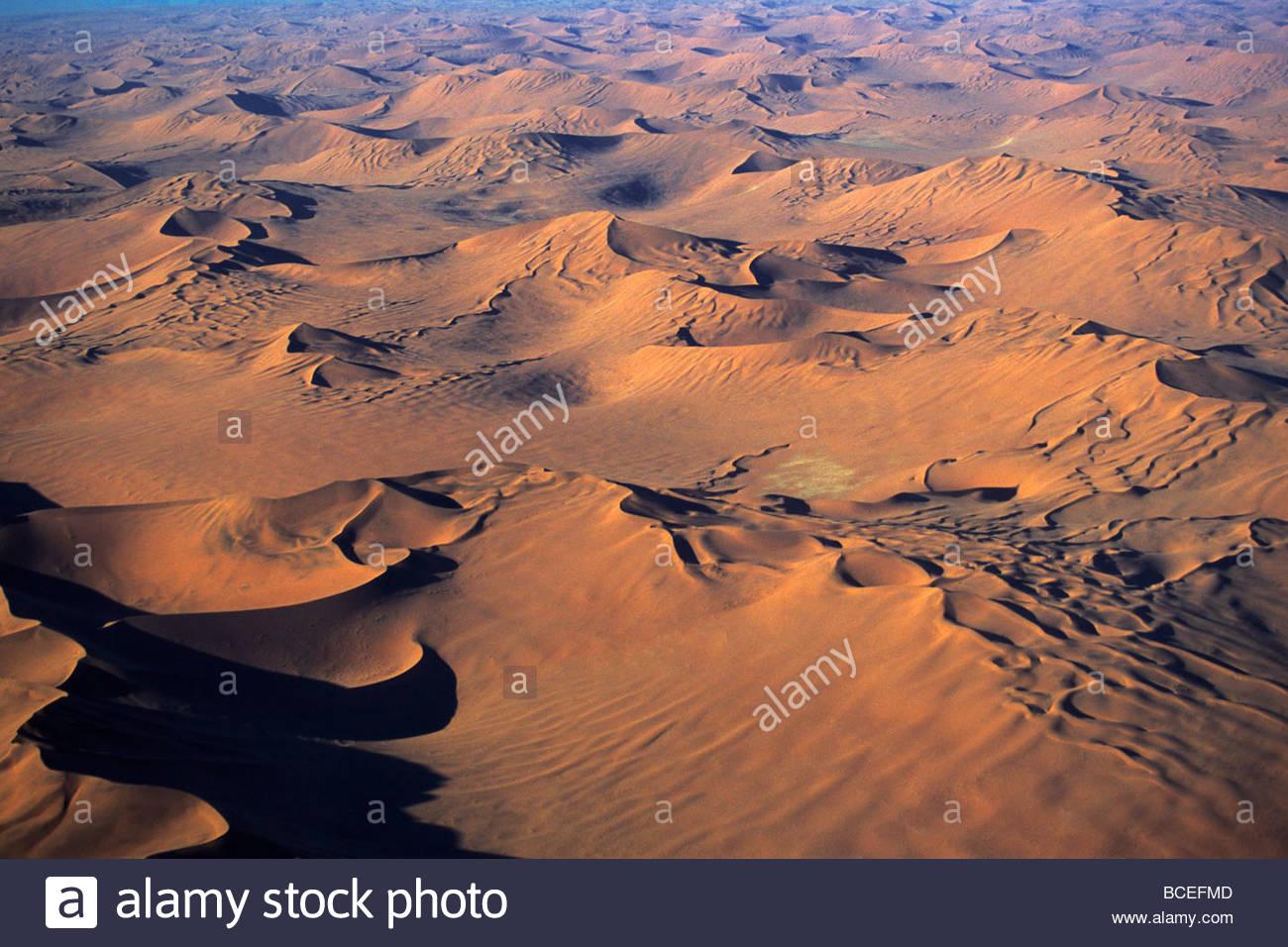 Une vue aérienne du désert de Namibie. Photo Stock