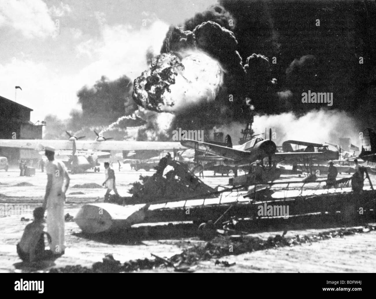 Attaque de Pearl Harbor par le Japon sur la base américaine à Oahu, Hawaii, le 7 décembre 1941 Photo Stock