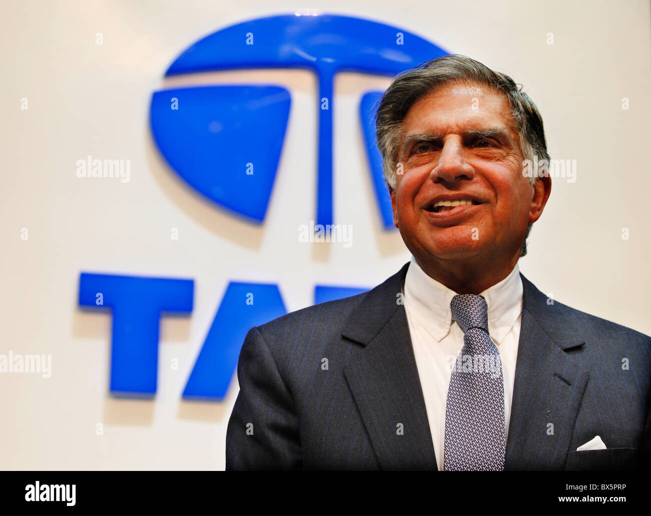 Ratan N. Tata au cours de la 79e International Motor Show de Genève, mardi 3 mars 2009. (CTK Photo/Rene Fluger) Photo Stock
