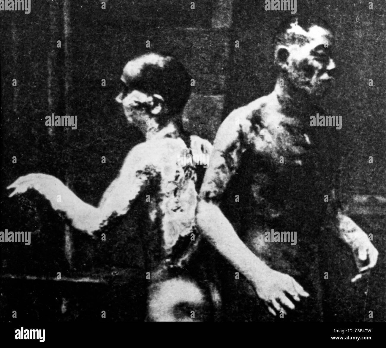 Deux après la gravure explosion atomique à Hiroshima,1945 Photo Stock