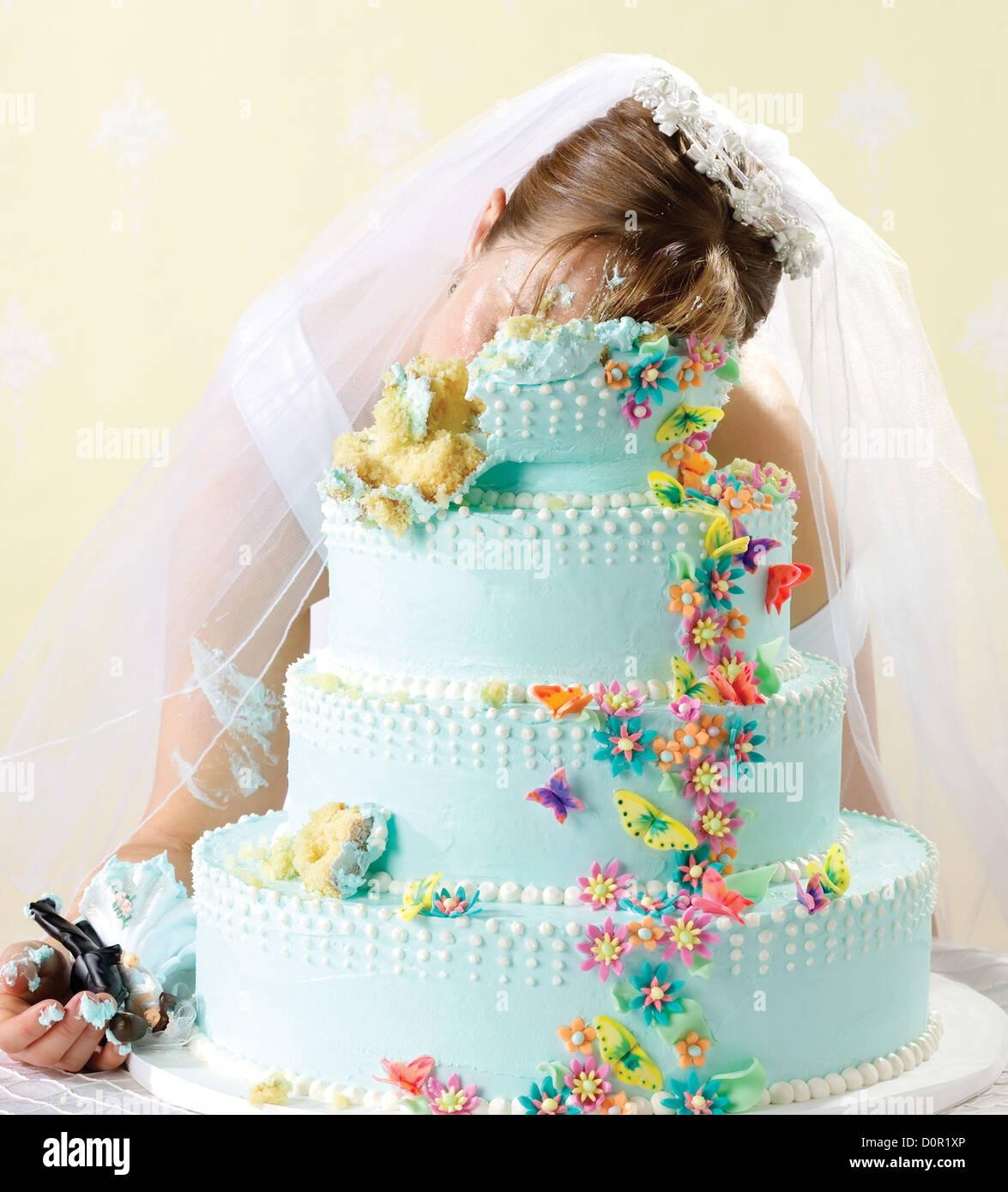 Scène du crime de mariée tué dans son gâteau de mariage Photo Stock