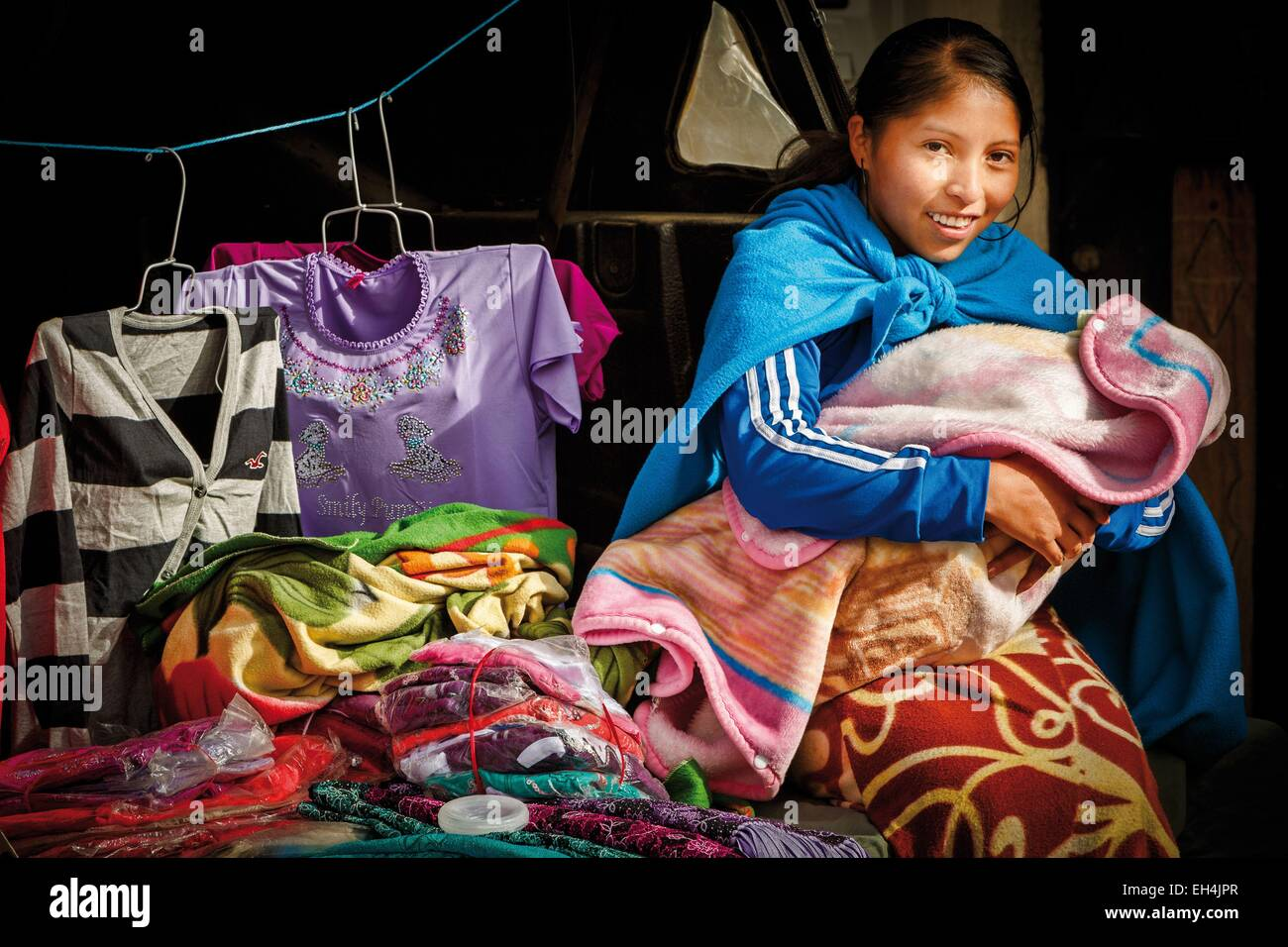 L'Équateur, Cotopaxi, Zumbahua, jour de marché au village de Zumbahua, portrait d'un paysan équatorien Photo Stock