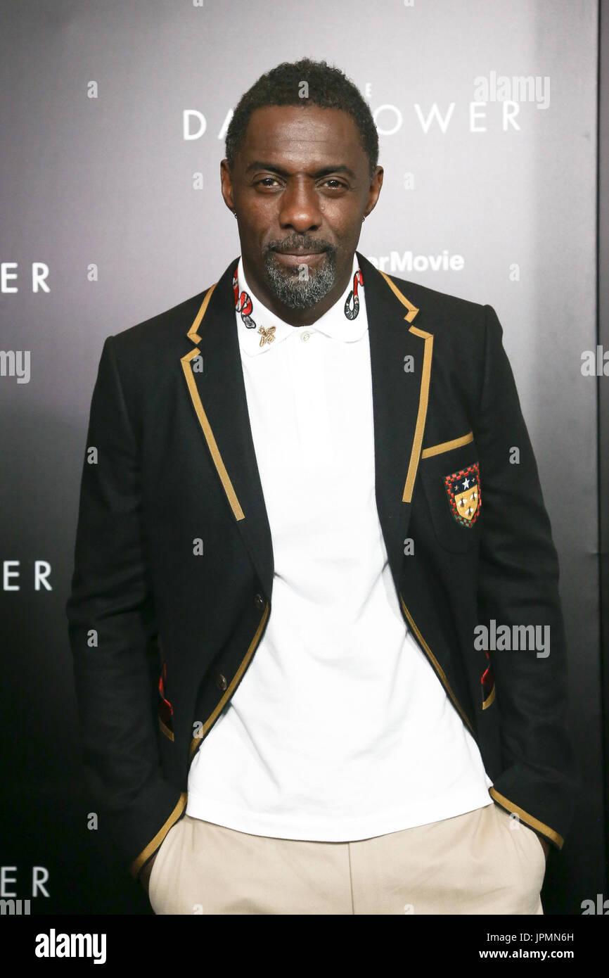 NEW YORK-JUL 31: Idris Elba assiste à 'la Tour Sombre' projection spéciale au Musée Photo Stock