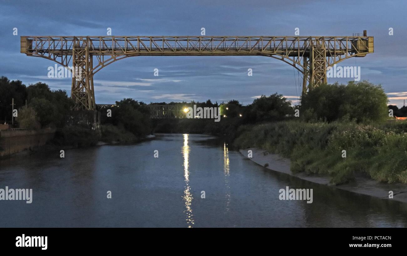 GoTonySmith,@HotpixUK,Cheshire,Mersey,river,dusk,evening,steel
