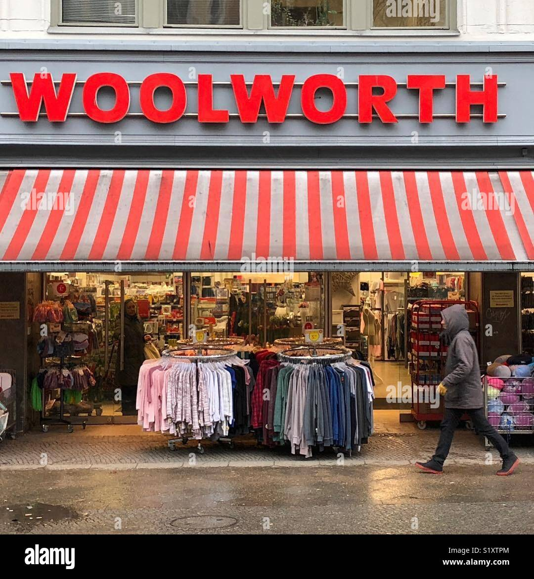 Un magasin Woolworth à Berlin, Allemagne. Photo Stock