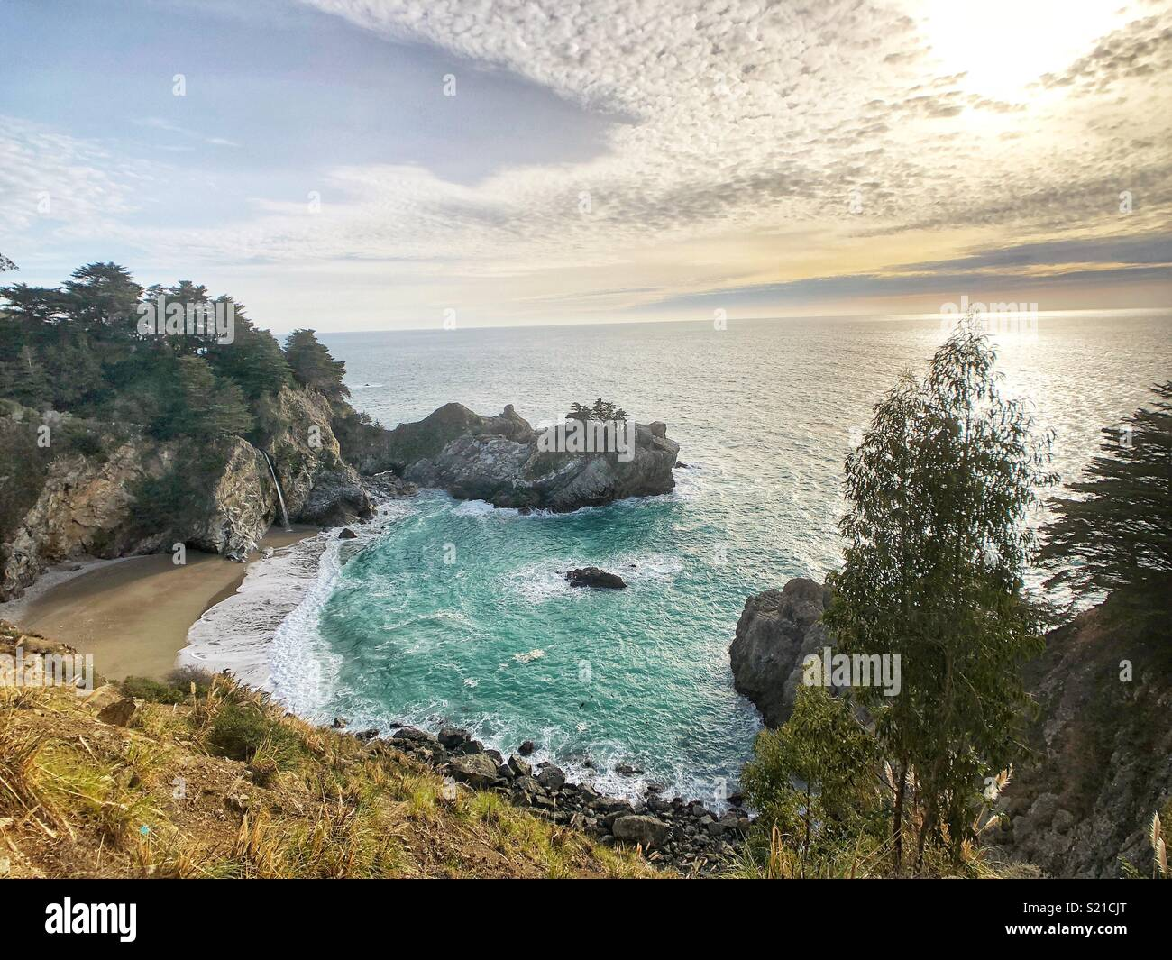 McWay Falls, la Route 1, en Californie Photo Stock