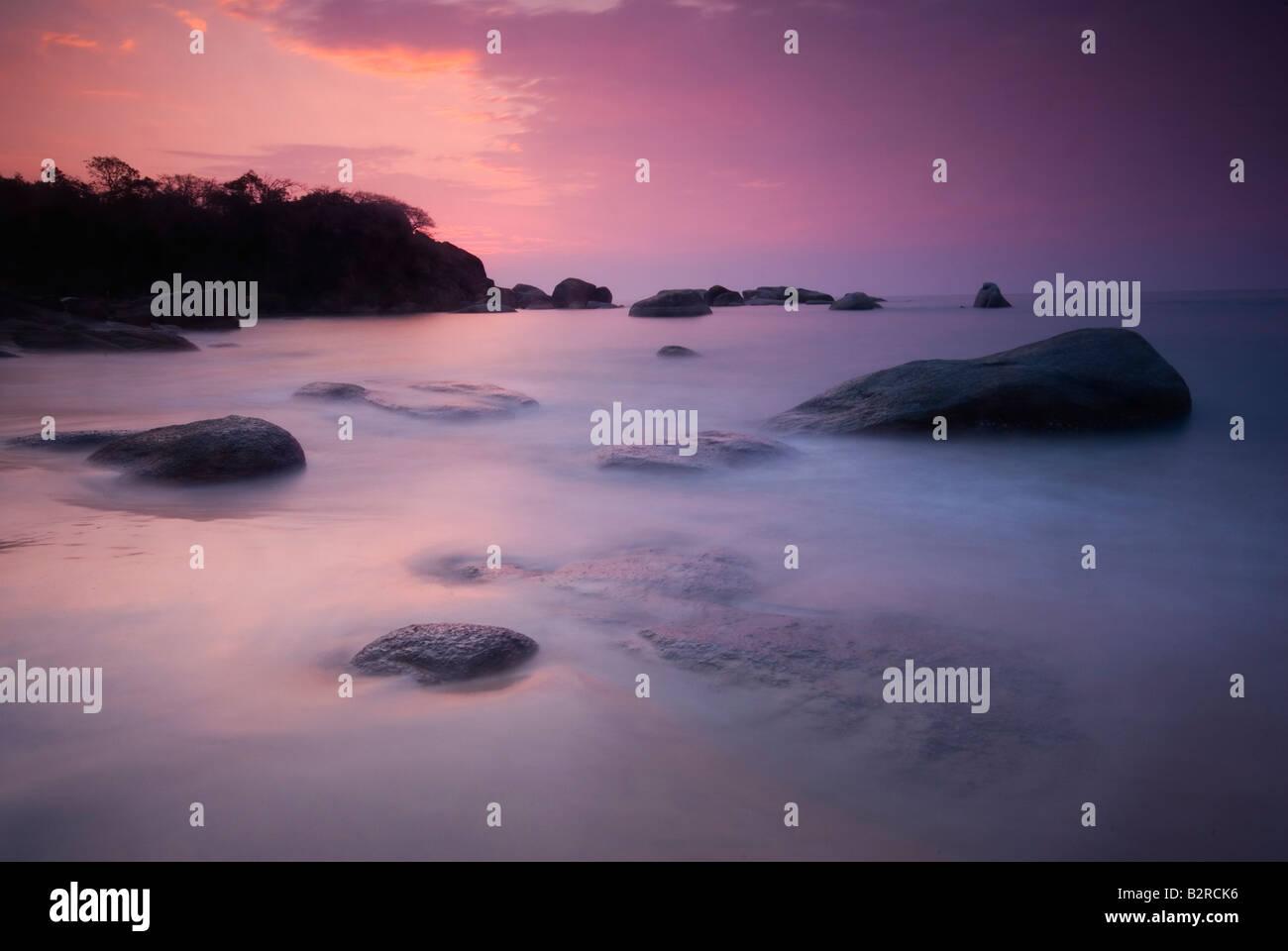 Tramonto a Agonda Beach, a sud di Goa, India, subcontinente, Asia Immagini Stock