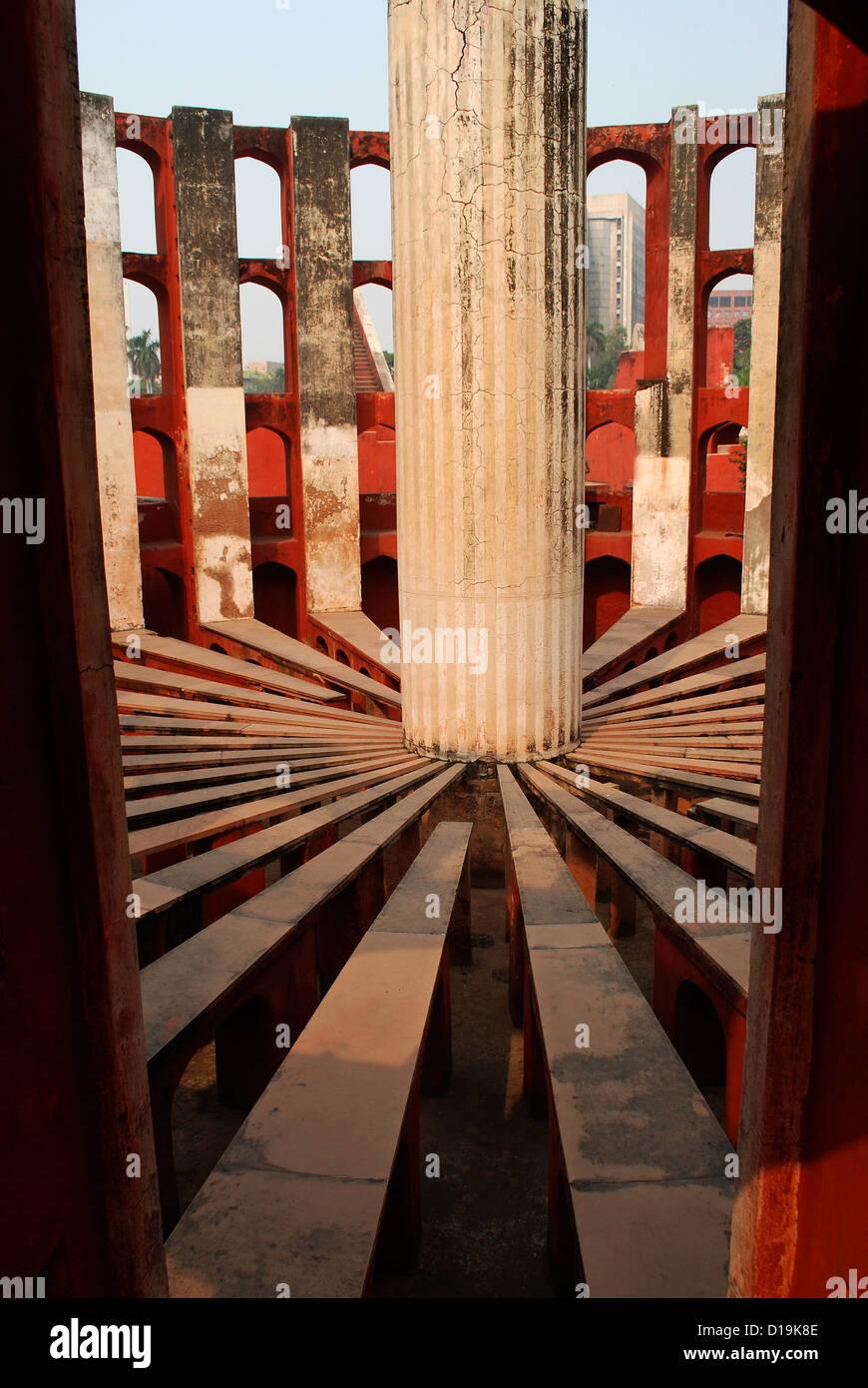 Jantar Mantar; un antico osservatorio astronomico in Delhi, India Immagini Stock