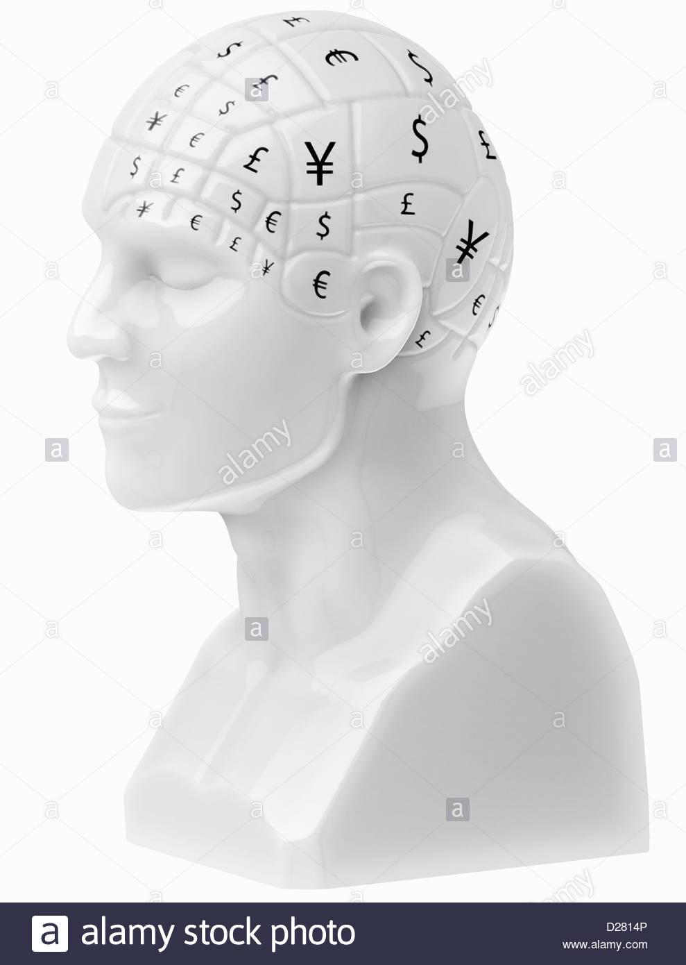 Simboli di valuta che coprono cervello sul busto Immagini Stock