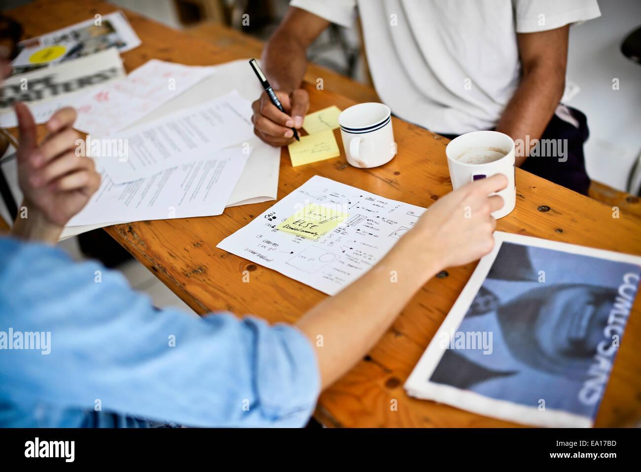 Graphic Designer il brainstorming Immagini Stock