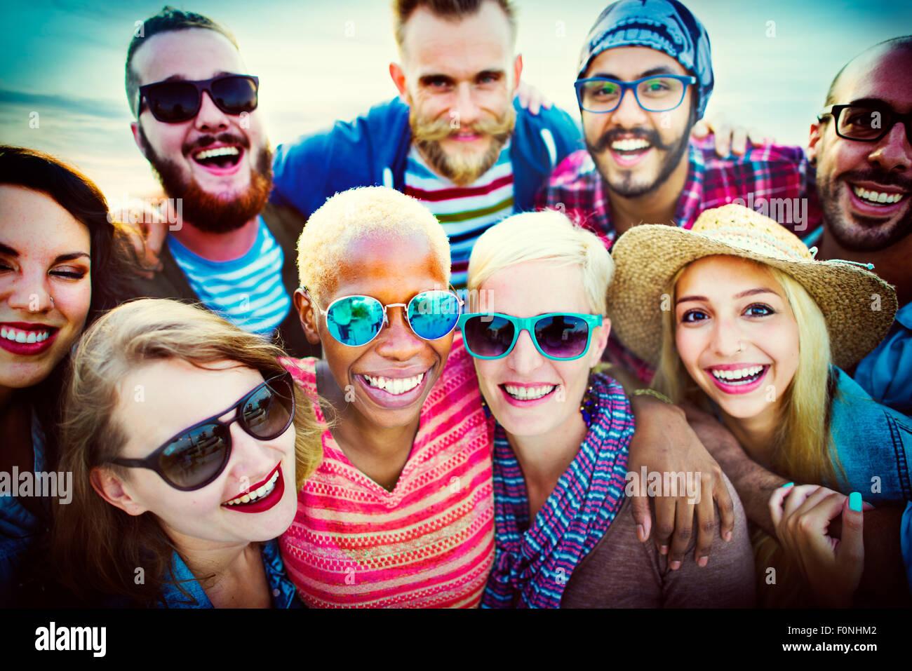 Beach Party cordiale amicizia felicità il concetto di estate Immagini Stock