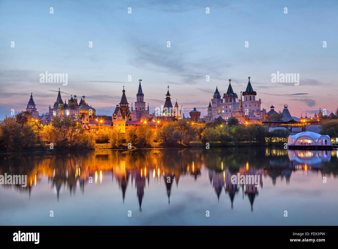 Russian immagini russian fotos stock alamy for Cabine del fiume kenai soldotna ak