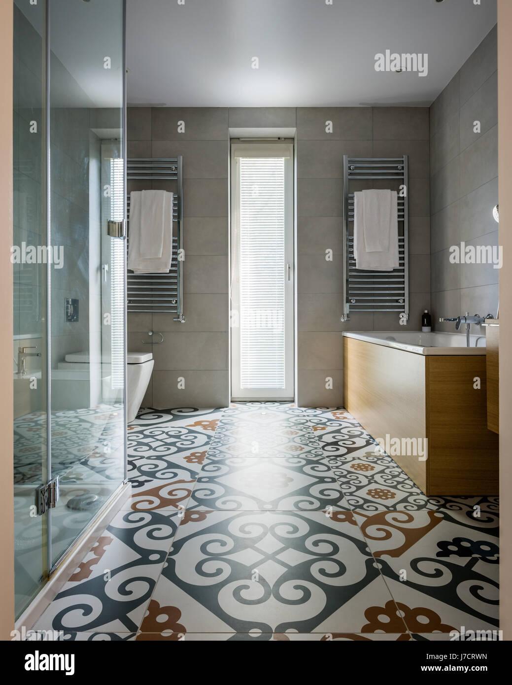 Maiolica bagno maiolica bagno with maiolica bagno excellent in bagno un riuscito gioco di - Mattonelle da parete ...