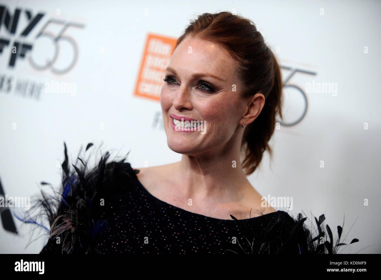 Julianne Moore assiste il 'wonderstruck' premiere durante il cinquantacinquesimo new york film festival Immagini Stock