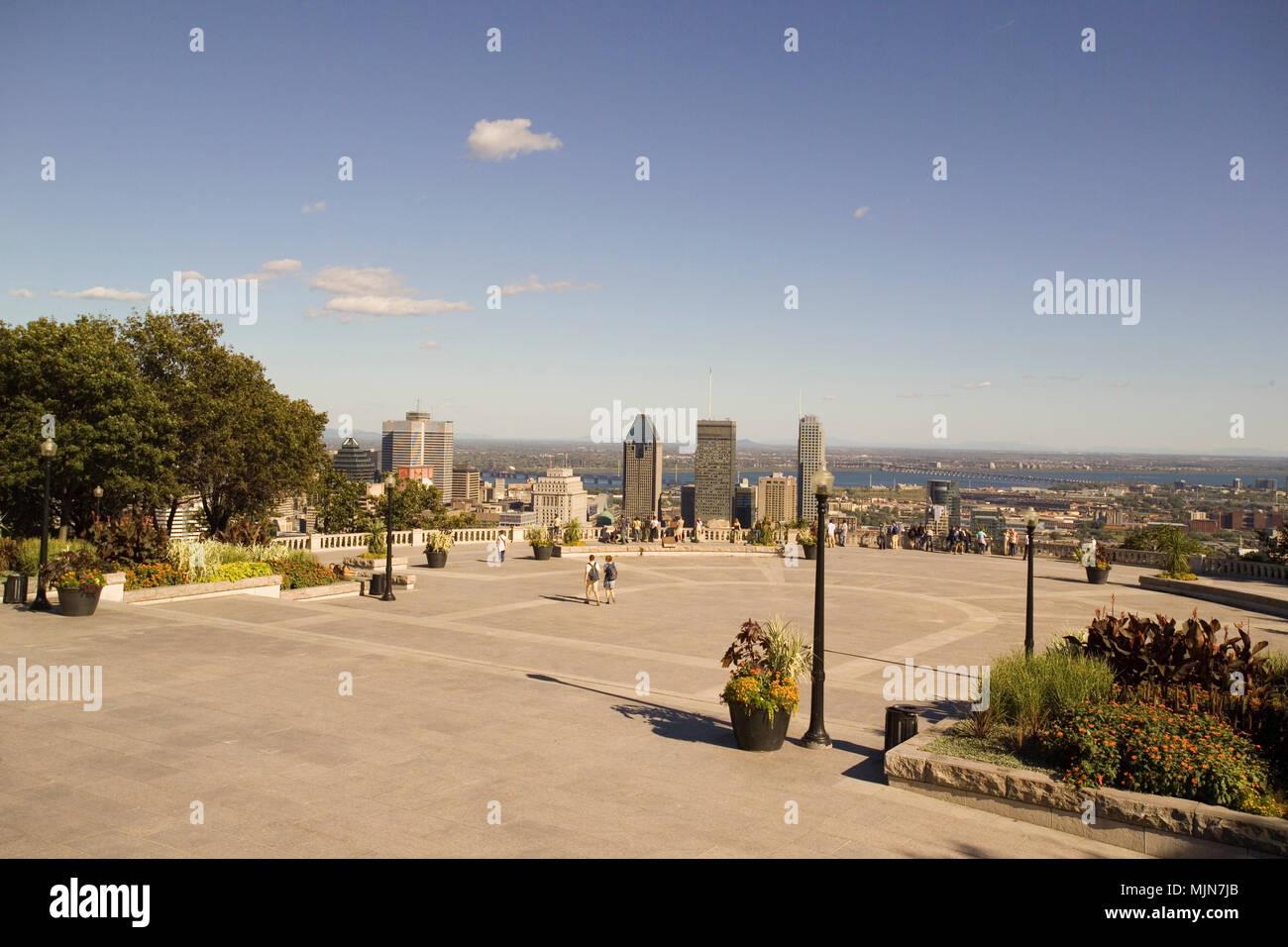 Vista del centro cittadino di montreal dal mount royal for Centro di soggiorno il belvedere