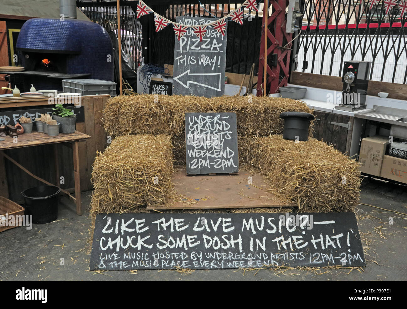 GoTonysmith,@HotpixUK,Trafford,Cheshire,town,centre,shopping,retail,Live