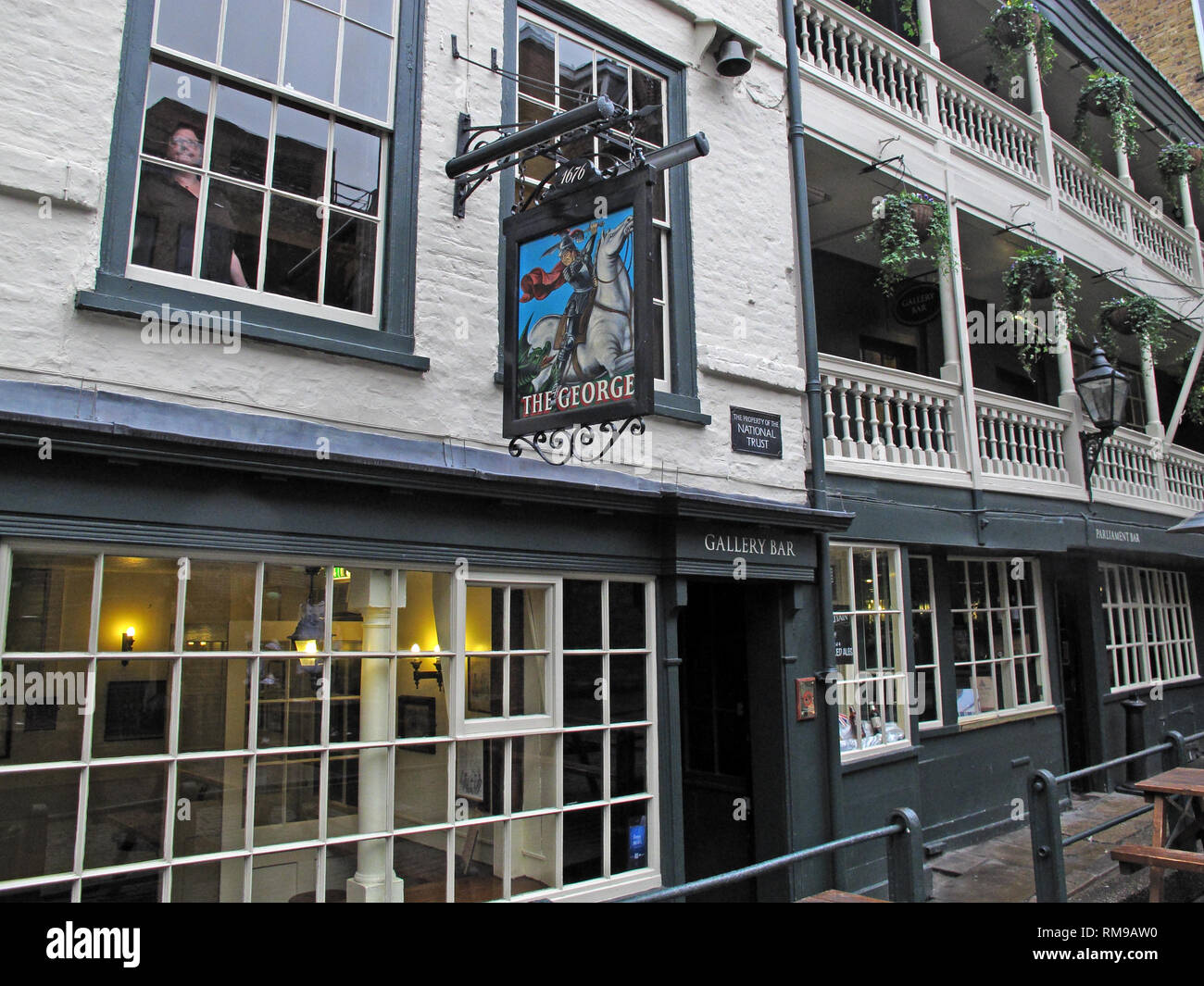 GoTonySmith,HotpixUK,@HotpixUK,England,UK,GB,London,city,centre,South