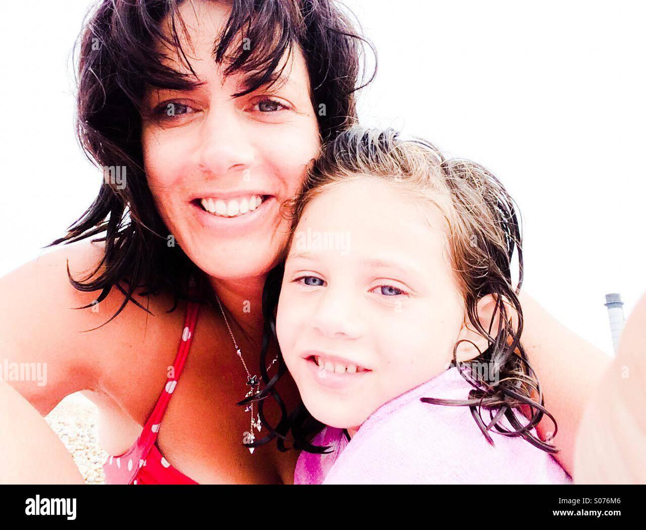 Madre e figlia selfie Immagini Stock
