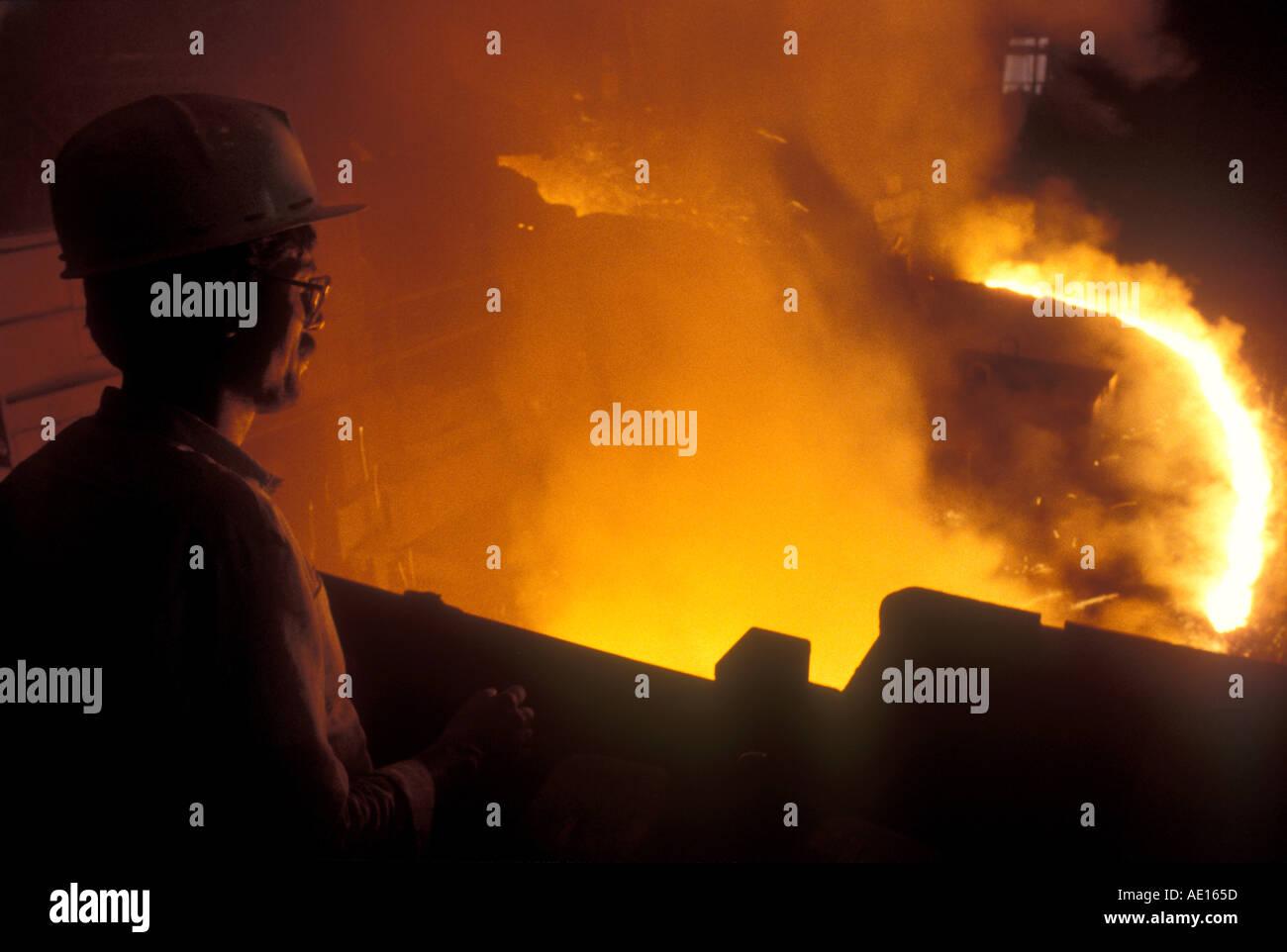 Forno de aço no SAIL Autoridade de aço da Índia Ltd planta Bokaro Jharkhand Índia Imagens de Stock